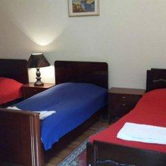 Отель Natalie's Guest house Номер категории Эконом с различными типами кроватей фото 9