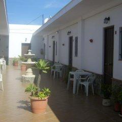 Отель Hostal El Canario Испания, Кониль-де-ла-Фронтера - отзывы, цены и фото номеров - забронировать отель Hostal El Canario онлайн фото 4