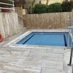 Muz Hotel бассейн