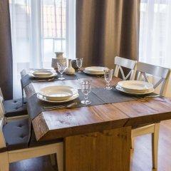 Отель Bearsleys Blacksmith Apartments Латвия, Рига - отзывы, цены и фото номеров - забронировать отель Bearsleys Blacksmith Apartments онлайн в номере