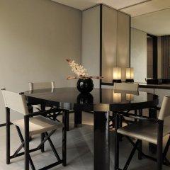 Armani Hotel Milano 5* Президентский люкс с различными типами кроватей фото 2