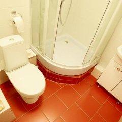 Гостиница ApartHotel Lazurnyy в Новосибирске 1 отзыв об отеле, цены и фото номеров - забронировать гостиницу ApartHotel Lazurnyy онлайн Новосибирск ванная фото 2
