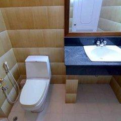 Kyi Tin Hotel 3* Улучшенный номер с 2 отдельными кроватями фото 2