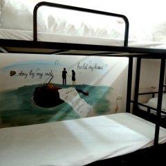 Ha Long Happy Hostel - Adults Only Кровать в общем номере с двухъярусной кроватью фото 3