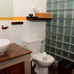 Отель 5Th Lane House Шри-Ланка, Коломбо - отзывы, цены и фото номеров - забронировать отель 5Th Lane House онлайн ванная