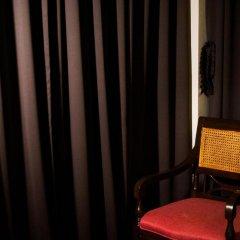 Отель Baan Silom Soi 3 2* Улучшенный номер с разными типами кроватей фото 19