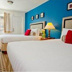 Отель The Alpine Inn & Suites 2* Стандартный номер с различными типами кроватей фото 3