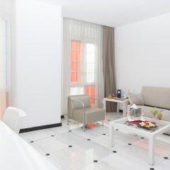 Отель URH Ciutat de Mataró 4* Стандартный номер двуспальная кровать фото 9