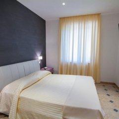Отель La Suite del Faro Скалея комната для гостей фото 2