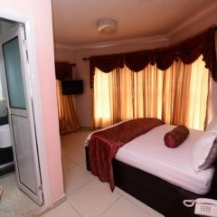 Отель Prenox Hotels And Suites комната для гостей