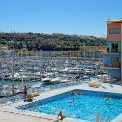 Отель Apartamentos da Marina бассейн фото 2