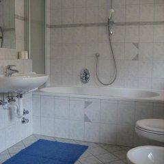 Отель Ferienwohnungen Preiss Сцена ванная фото 2