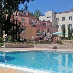 Druzhba Hotel бассейн фото 2