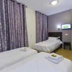 Отель Hôtel du Quai de Seine 2* Стандартный номер с различными типами кроватей фото 15