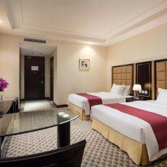 Отель Holiday Inn Beijing Airport Zone 4* Улучшенный номер с различными типами кроватей фото 4