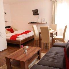 Отель CheckVienna - Apartmenthaus Hietzing Апартаменты с различными типами кроватей фото 18