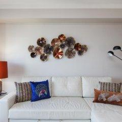Апартаменты Apt in Lisbon Oriente 57 Apartments - Parque das Nações комната для гостей