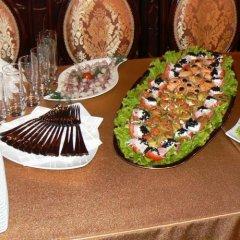 Отель Synet Литва, Мажейкяй - отзывы, цены и фото номеров - забронировать отель Synet онлайн питание фото 3