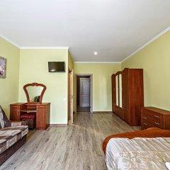 Гостиница ЦісаR комната для гостей