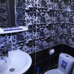 999 Gold Hotel ванная