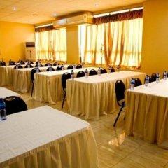 Отель Crismon Hotel Гана, Тема - отзывы, цены и фото номеров - забронировать отель Crismon Hotel онлайн помещение для мероприятий