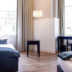 Victoria Hotel 4* Стандартный номер с различными типами кроватей