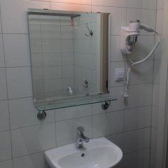 Гостиница Crossroads 3* Улучшенный номер с 2 отдельными кроватями фото 9