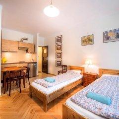 Old Town Kanonia Hostel & Apartments Люкс с различными типами кроватей фото 7