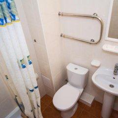Гостиница Робинзон 2* Стандартный номер с двуспальной кроватью фото 6