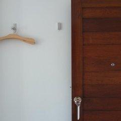 The 9th House - Hostel Улучшенный номер с различными типами кроватей фото 6