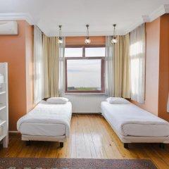Хостел Bucoleon Кровать в общем номере фото 10