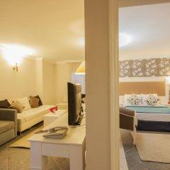 Moonshine Hotel & Suites 3* Люкс с различными типами кроватей фото 3