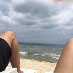 Отель Reef Point Beach House Гондурас, Остров Утила - отзывы, цены и фото номеров - забронировать отель Reef Point Beach House онлайн пляж фото 2