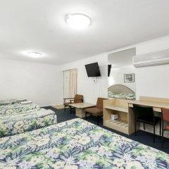 Отель Scottys Motel 3* Стандартный семейный номер с различными типами кроватей
