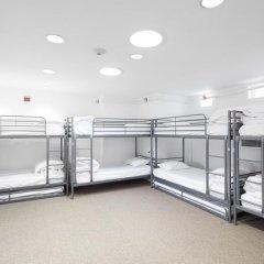 HighRoad Hostel DC Кровать в общем номере с двухъярусной кроватью фото 13