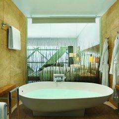 Отель Andaz Capital Gate Abu Dhabi - A Concept By Hyatt 5* Стандартный номер фото 4