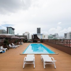Отель True Siam Rangnam Бангкок бассейн фото 2