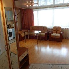 Апартаменты Luxcompany Apartment Yuzhnaya комната для гостей фото 4