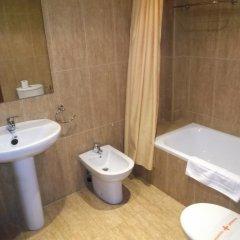 Hotel La Fuente Канделарио ванная фото 2
