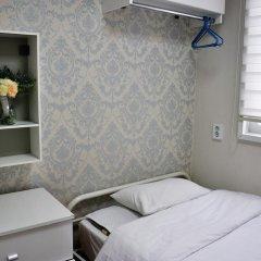 Отель Unni House 2* Стандартный номер с различными типами кроватей (общая ванная комната) фото 4