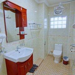 Myat Nan Yone Hotel 3* Улучшенный номер с различными типами кроватей фото 2