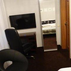 Отель Gosciniec Sarmata Польша, Познань - отзывы, цены и фото номеров - забронировать отель Gosciniec Sarmata онлайн удобства в номере фото 2