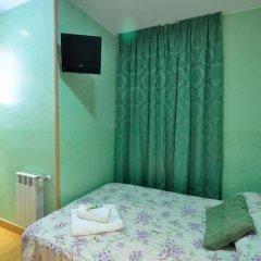 Отель Hostal Naranjos Стандартный номер с различными типами кроватей фото 14