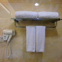 Libo Business Hotel 4* Улучшенный номер с различными типами кроватей