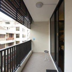 Отель Yasinee Guesthouse Бангкок балкон