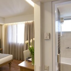 Titania Hotel 4* Улучшенный номер с двуспальной кроватью