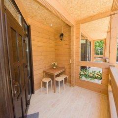 Гостиница Villa Rosa Guesthouse в Анапе отзывы, цены и фото номеров - забронировать гостиницу Villa Rosa Guesthouse онлайн Анапа балкон