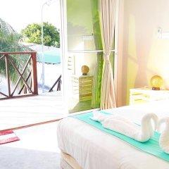 Отель Amvoj Maldives Thulusdhoo 4* Номер Делюкс фото 6