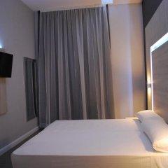 Отель Hostal Plaza Goya Bcn Стандартный номер фото 2