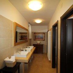 Отель La Vecchia Fattoria Италия, Лорето - отзывы, цены и фото номеров - забронировать отель La Vecchia Fattoria онлайн ванная